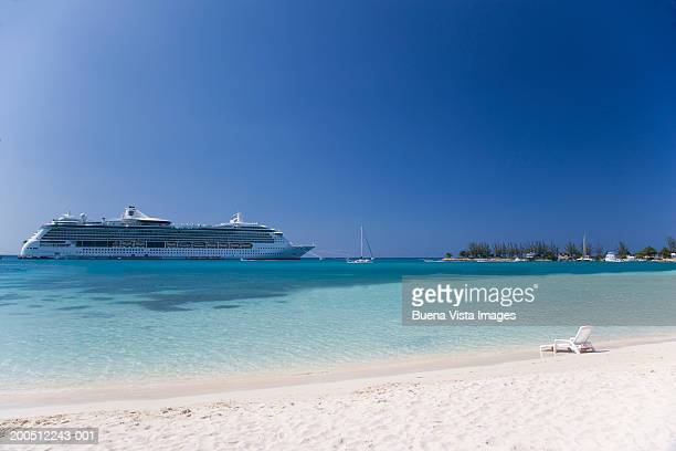 Jamaica, Ocho Rios, cruise ship in harbor