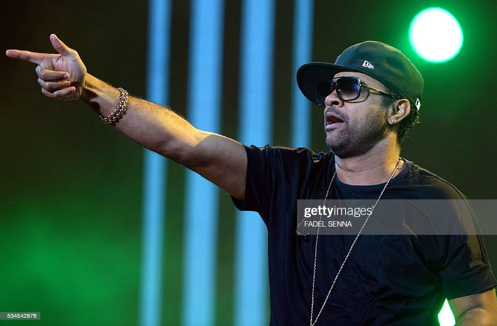 Jamaican singer Shaggy performs during the World Music Festival 'Mawazine' in Rabat on May 26, 2016. / AFP / FADEL
