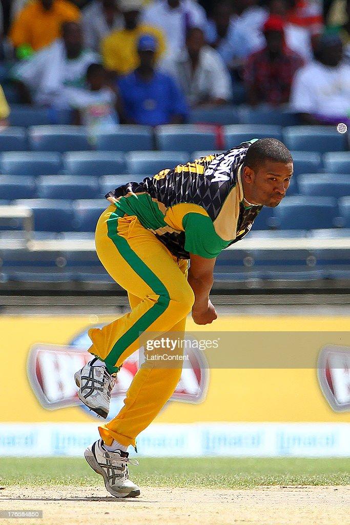 Jamaican Tallawahs Vernon Philander bowls during the Sixteenth Match of the Cricket Caribbean Premier League between Jamaica Tallawahs v Guyana Amazon Warriors at Sabina Park on August 15, 2013 in Kingston, Jamaica.