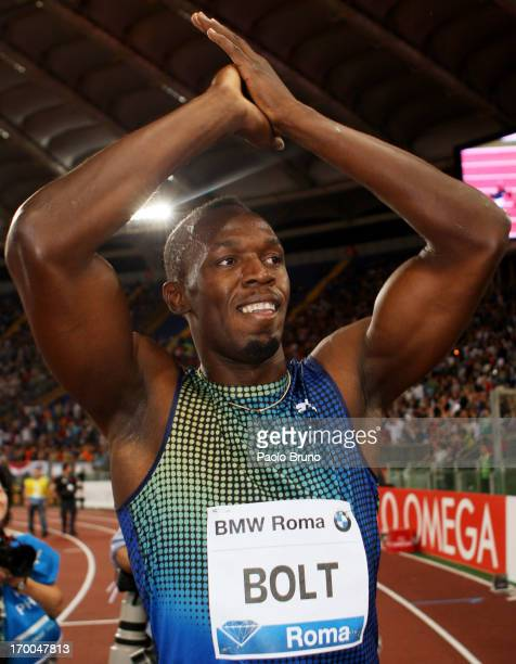 Jamaica's champion Usain Bolt greets his fans after losing the 100m men's race at the IAAF Golden Gala at Stadio Olimpico on June 6 2013 in Rome Italy