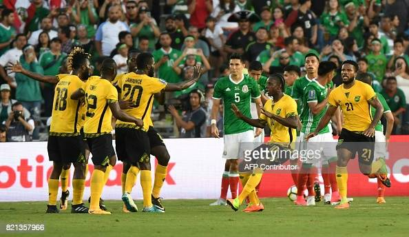 FBL-CONCACAF-GOLD CUP-JAM-MEX : News Photo