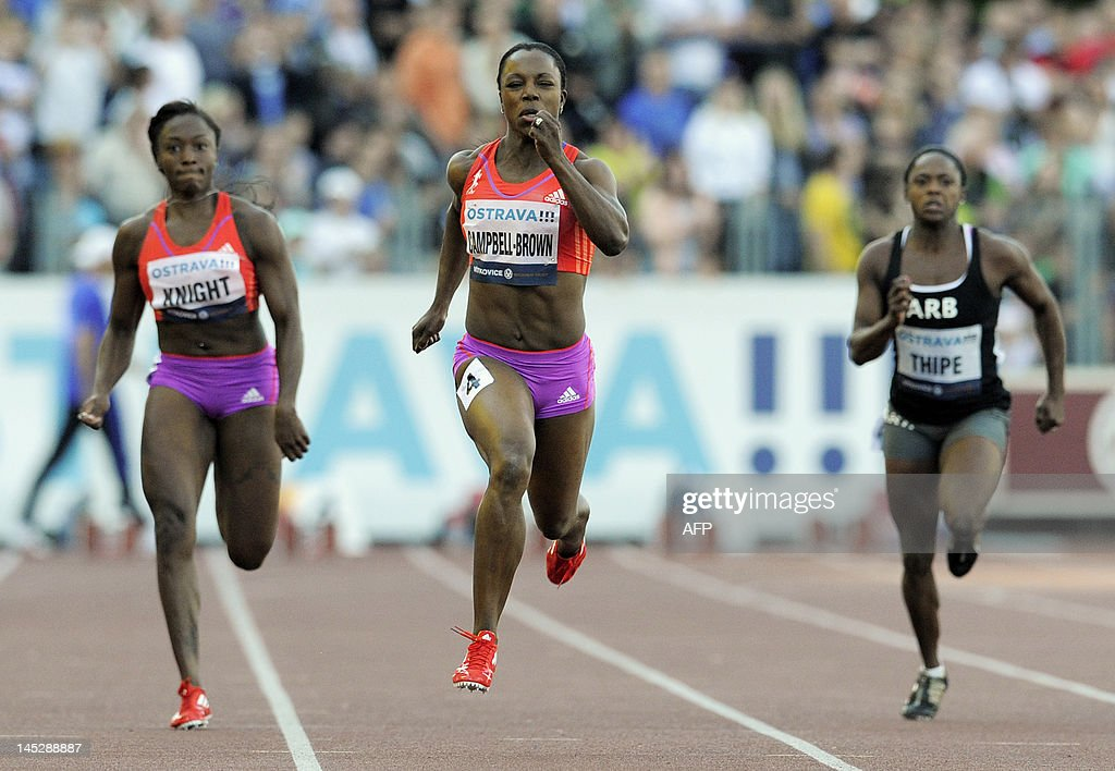 Jamaica's Veronica Campbell-Brown (C), US Bianca Knight (L) and South Africa's Tsholofelo Thipe compete in the women's 200 metres race at the Zlata Tretra (Golden Spike) athletics meeting in Ostrava on May 25, 2012. Veronica Campbell-Brown won the race.