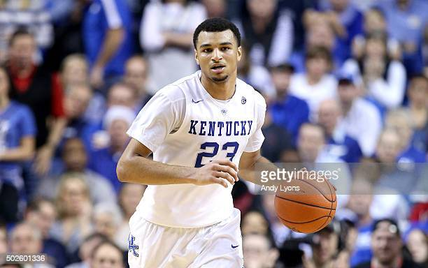 Jamal Murray of the Kentucky Wildcats dribbles the ball in the 7573 win over the Louisville Cardinals at Rupp Arena on December 26 2015 in Lexington...