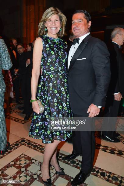 Jamee Gregory and Scott Snyder attend LHNH honours Geoffrey Bradfield and John Manice at Cipriani 42nd Street on April 18 2017 in New York City