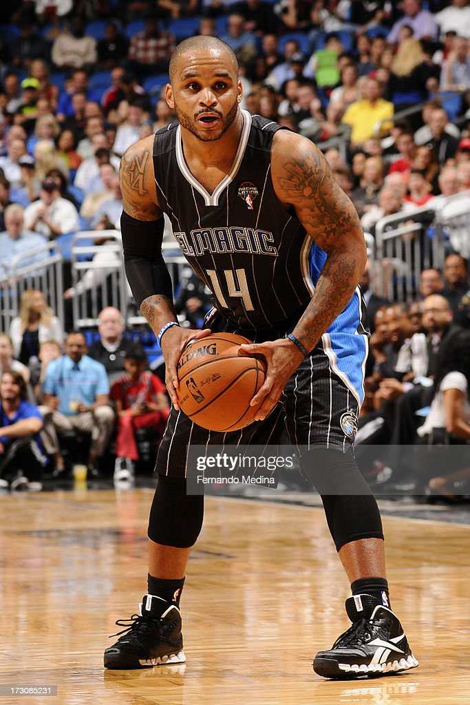 <a gi-track='captionPersonalityLinkClicked' href=/galleries/search?phrase=Jameer+Nelson&family=editorial&specificpeople=202057 ng-click='$event.stopPropagation()'>Jameer Nelson</a> #14 of the Orlando Magic controls the ball against the Miami Heat on March 25, 2013 at Amway Center in Orlando, Florida.