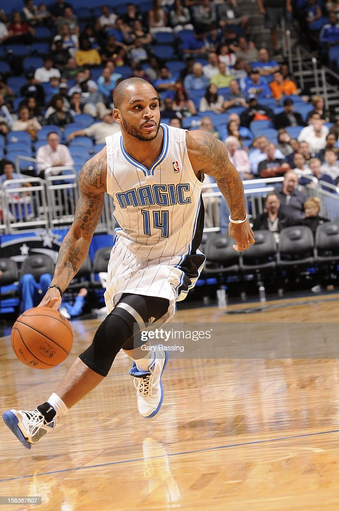 Jameer Nelson #14 of the Orlando Magic handles the ball against the Atlanta Hawks on December 12, 2012 at Amway Center in Orlando, Florida.