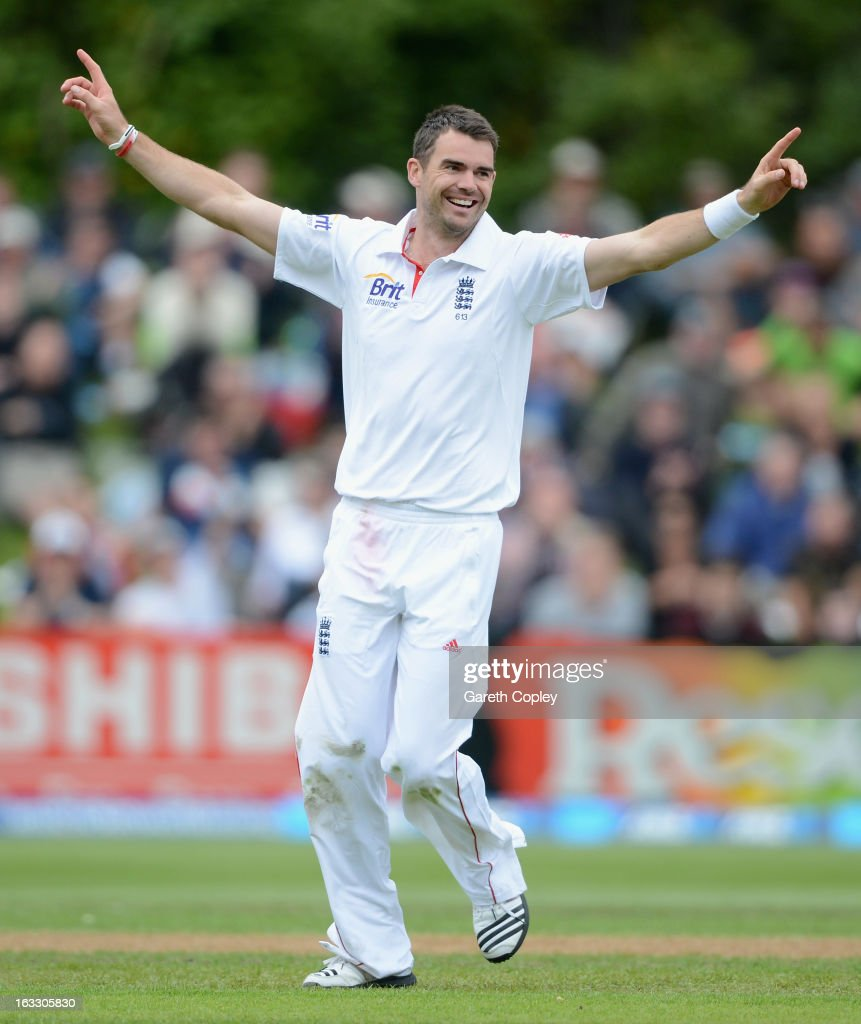 <a gi-track='captionPersonalityLinkClicked' href=/galleries/search?phrase=James+Anderson+-+Cricket+Player&family=editorial&specificpeople=6920305 ng-click='$event.stopPropagation()'>James Anderson</a> celebrates dismissing Hamish Rutherford of New Zealand during day three of the First Test match between New Zealand and England at University Oval on March 8, 2013 in Dunedin, New Zealand.