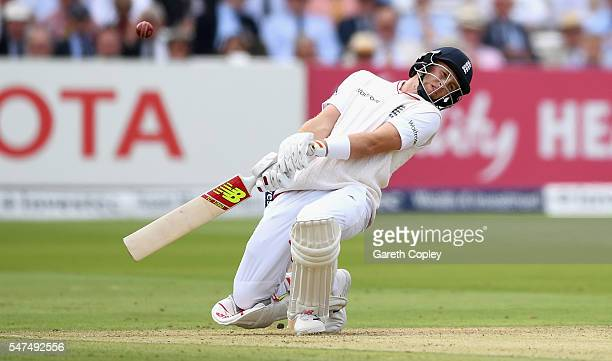 James Anderson of England avoids a short ball from Wahab Riaz of Pakistan during day two of the 1st Investec Test between England and Pakistan at...