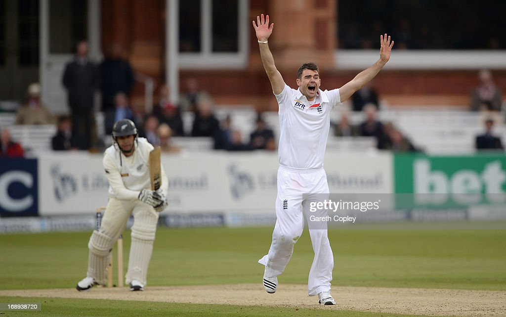James Anderson of England successfully appeals for the wicket of <a gi-track='captionPersonalityLinkClicked' href=/galleries/search?phrase=Ross+Taylor&family=editorial&specificpeople=845922 ng-click='$event.stopPropagation()'>Ross Taylor</a> of New Zealand during day two of 1st Investec Test match between England and New Zealand at Lord's Cricket Ground on May 17, 2013 in London, England.