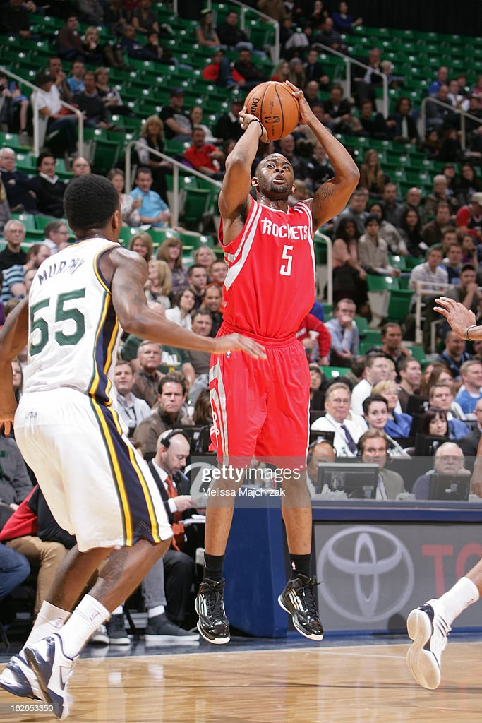 James Anderson #5 of the Houston Rockets takes a shot against the Utah Jazz at Energy Solutions Arena on January 28, 2013 in Salt Lake City, Utah.
