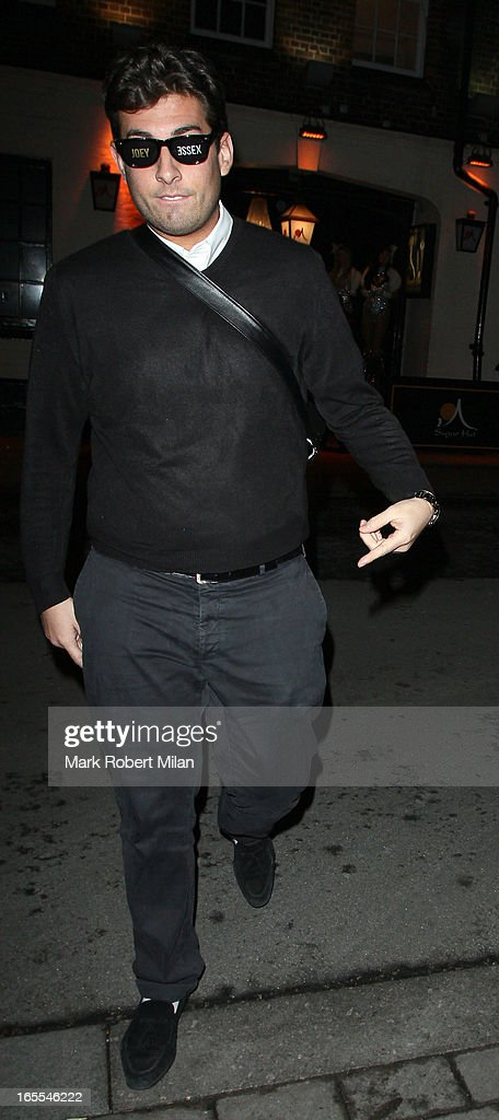 <a gi-track='captionPersonalityLinkClicked' href=/galleries/search?phrase=James+Argent&family=editorial&specificpeople=7307159 ng-click='$event.stopPropagation()'>James Argent</a> at the Sugar Hut Brentwood on April 4, 2013 in London, England.