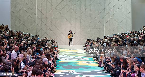 James Bay performs at the Burberry Prorsum show during London Fashion Week Spring Summer 2015 at on September 15 2014 in London England