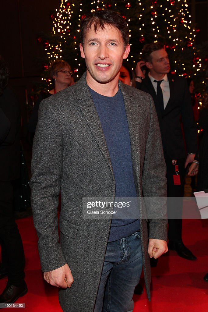 James Blunt arrives at the Ein Herz fuer Kinder Gala 2014 at Tempelhof Airport on December 6, 2014 in Berlin, Germany.
