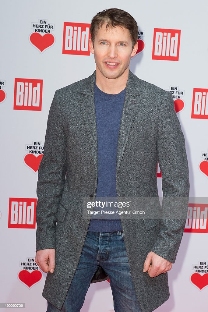 Ein Herz Fuer Kinder Gala 2014 - Red Carpet Arrivals