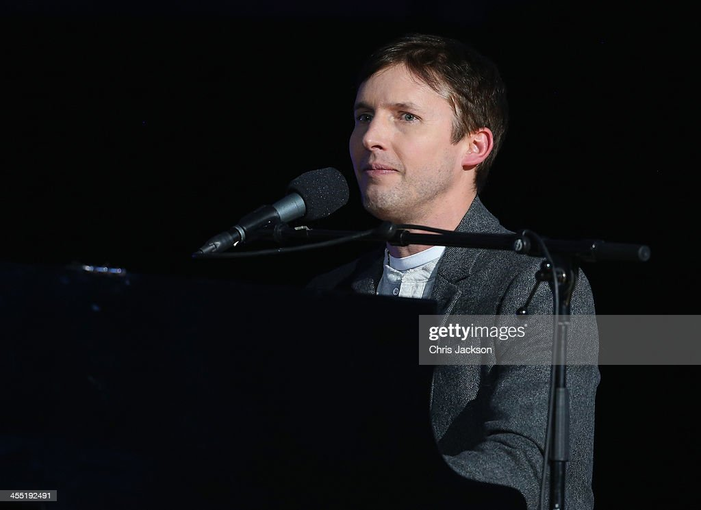 <a gi-track='captionPersonalityLinkClicked' href=/galleries/search?phrase=James+Blunt&family=editorial&specificpeople=209243 ng-click='$event.stopPropagation()'>James Blunt</a> performs on stage during the 20th annual Nobel Peace Prize Concert on Wednesday, December 11th at the Oslo Spektrum arena in Oslo, Norway.