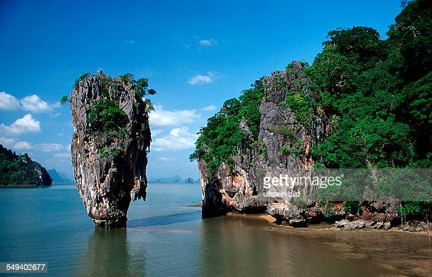 James Bond rock Thailand Phangna PhangNga James Bond Island Khao Phingan