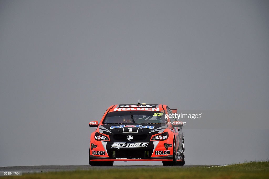 James Courtney drives the Holden Racing Team Holden Commodore VF during practice for the V8 Supercars Perth SuperSprint at Barbagallo Raceway on May...