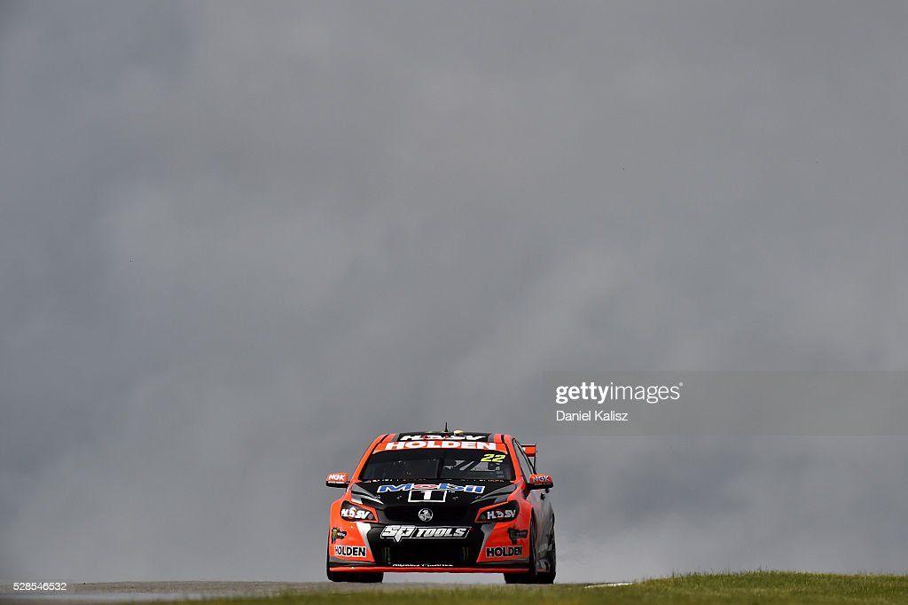<a gi-track='captionPersonalityLinkClicked' href=/galleries/search?phrase=James+Courtney&family=editorial&specificpeople=675267 ng-click='$event.stopPropagation()'>James Courtney</a> drives the #22 Holden Racing Team Holden Commodore VF during practice for the V8 Supercars Perth SuperSprint at Barbagallo Raceway on May 6, 2016 in Perth, Australia.