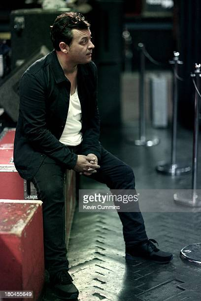 james dean bradfield stock fotos und bilder getty images. Black Bedroom Furniture Sets. Home Design Ideas