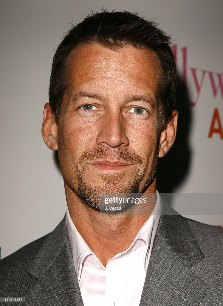 2006 Hollywood Life Movieline Style Awards - Red Carpet