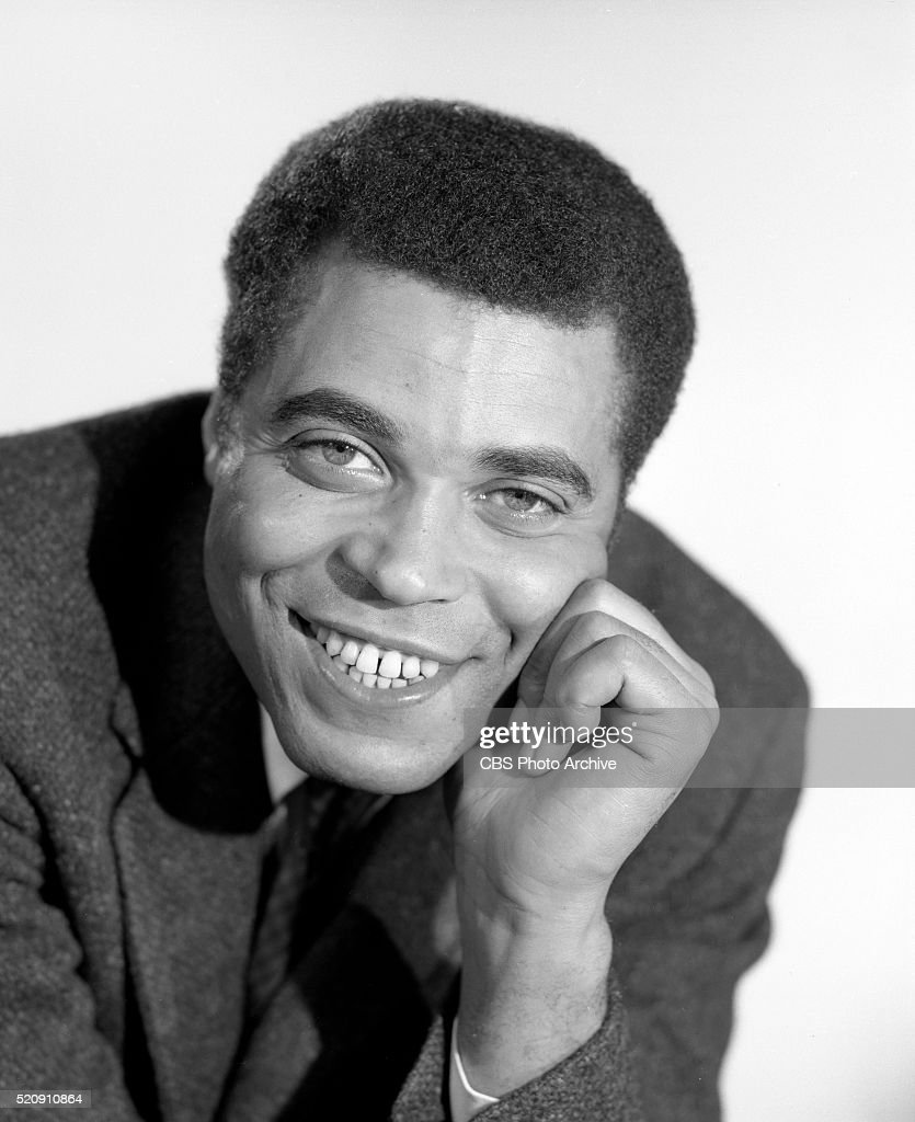 a review of james earl jones a voice in the crowd George s kaufman and moss hart's silly and sentimental ensemble comedy you can't take it with you, which good crowd -pleaser its simple james earl jones.