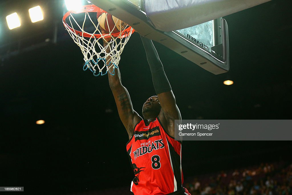 <a gi-track='captionPersonalityLinkClicked' href=/galleries/search?phrase=James+Ennis&family=editorial&specificpeople=8677438 ng-click='$event.stopPropagation()'>James Ennis</a> of the Wildcats slam dunks during the round three NBL match between the Sydney Kings and the Perth Wildcats at Sydney Entertainment Centre in October 27, 2013 in Sydney, Australia.