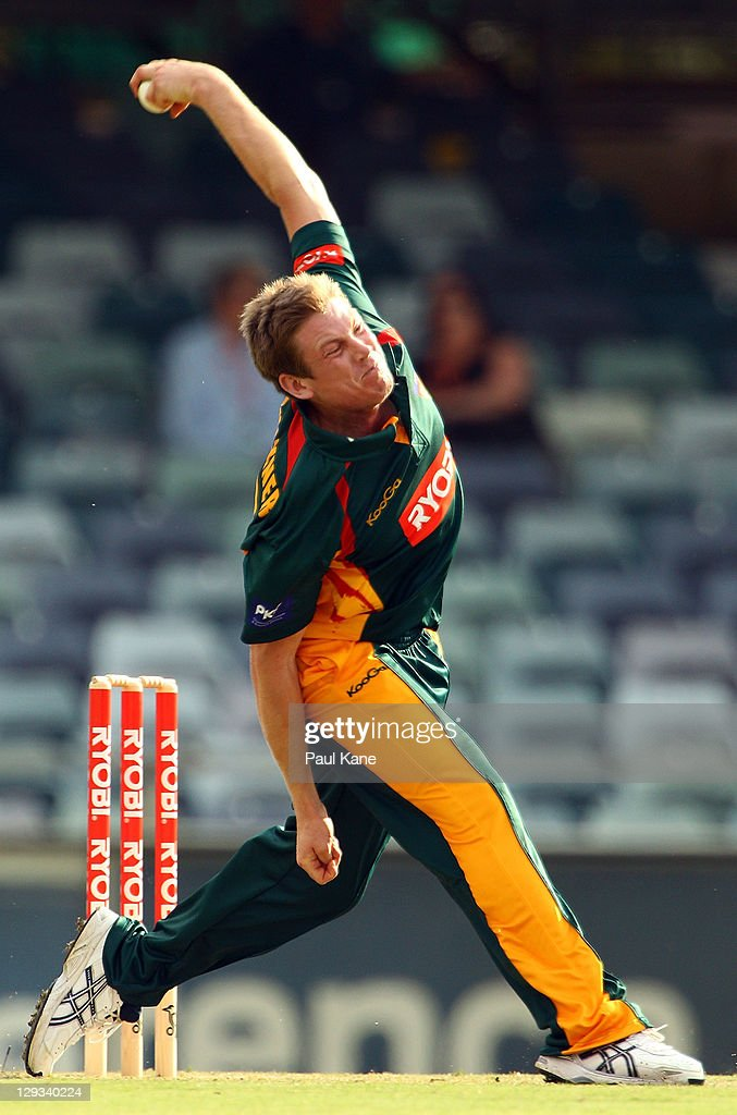 James Faulkner of the Tigers bowls during the Ryobi One-Day Cup match between the West Australian Warriors and the Tasmanian Tigers at the WACA on October 16, 2011 in Perth, Australia.