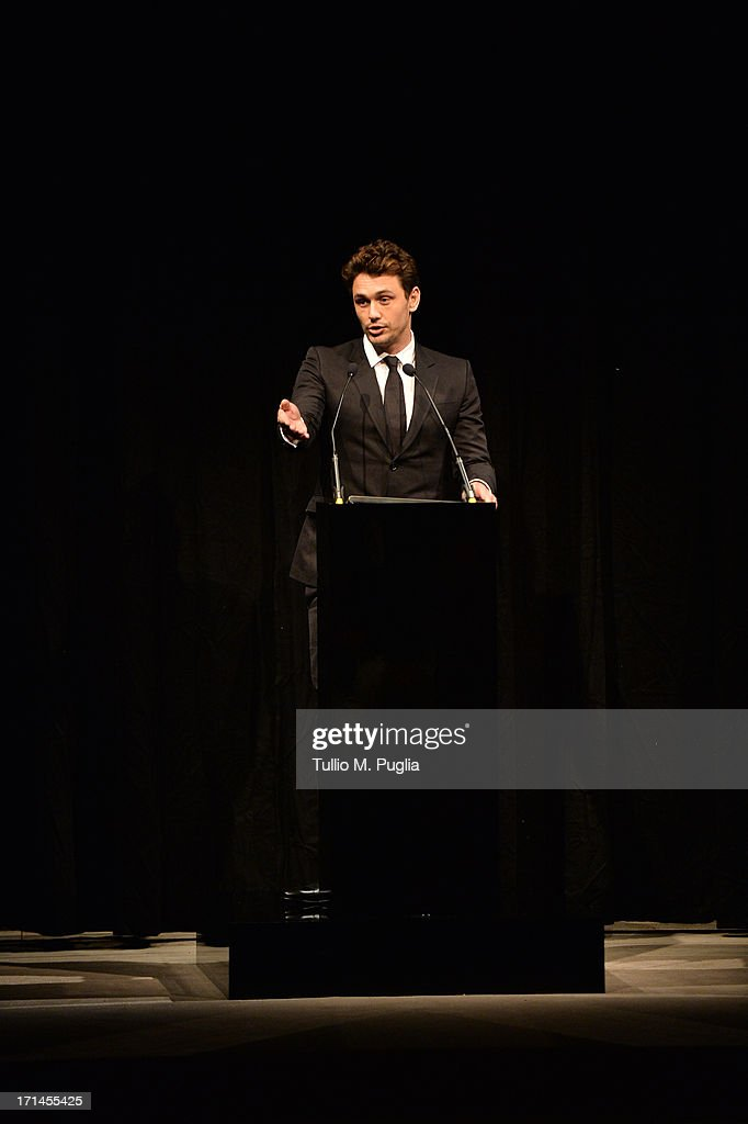 <a gi-track='captionPersonalityLinkClicked' href=/galleries/search?phrase=James+Franco&family=editorial&specificpeople=577480 ng-click='$event.stopPropagation()'>James Franco</a> attends 'Gucci Made to Measure Launch' on June 24, 2013 in Milan, Italy.