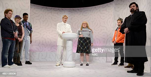 LIVE 'James Franco' Episode 1670 Pictured Beck Bennett as Ashley Parker Angel Vanessa Bayer as Ariana Richards from Jurassic Park Jay Pharoah as the...