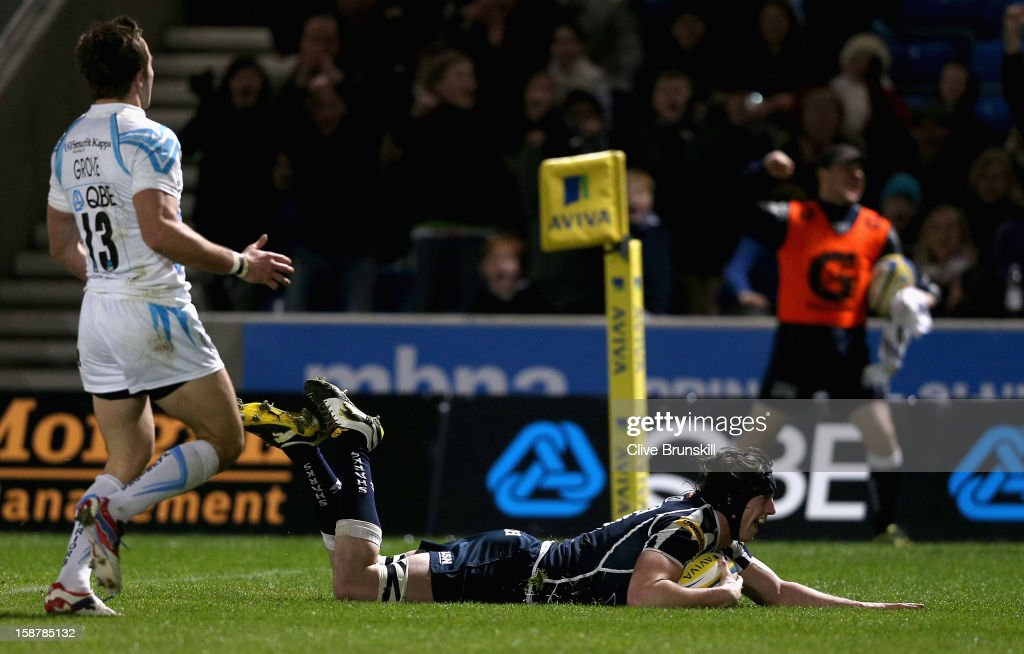 <a gi-track='captionPersonalityLinkClicked' href=/galleries/search?phrase=James+Gaskell&family=editorial&specificpeople=2583163 ng-click='$event.stopPropagation()'>James Gaskell</a> of Sale Sharks goes over to score Sale Sharks second try during the Aviva Premiership match between Sale Sharks and Worcester Warriors at Salford City Stadium on December 28, 2012 in Salford, England.