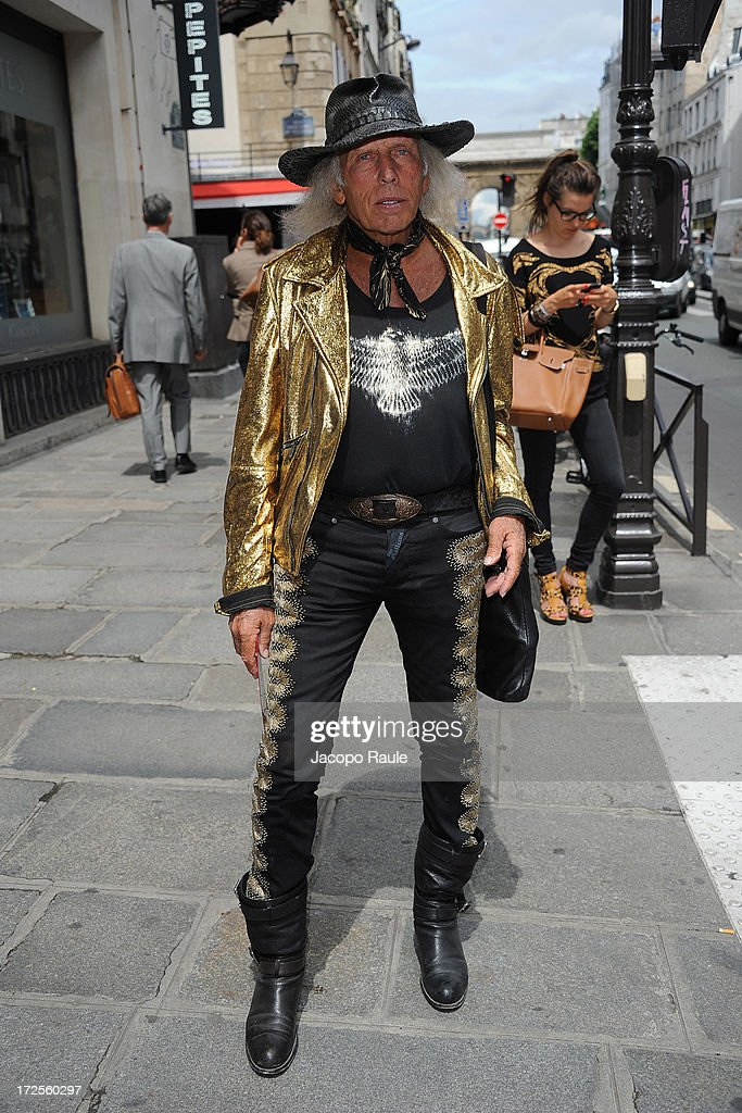 <a gi-track='captionPersonalityLinkClicked' href=/galleries/search?phrase=James+Goldstein&family=editorial&specificpeople=712878 ng-click='$event.stopPropagation()'>James Goldstein</a> attends the Valentino show as part of Paris Fashion Week Haute-Couture Fall/Winter 2013-2014 at Hotel Salomon de Rothschild on July 3, 2013 in Paris, France.