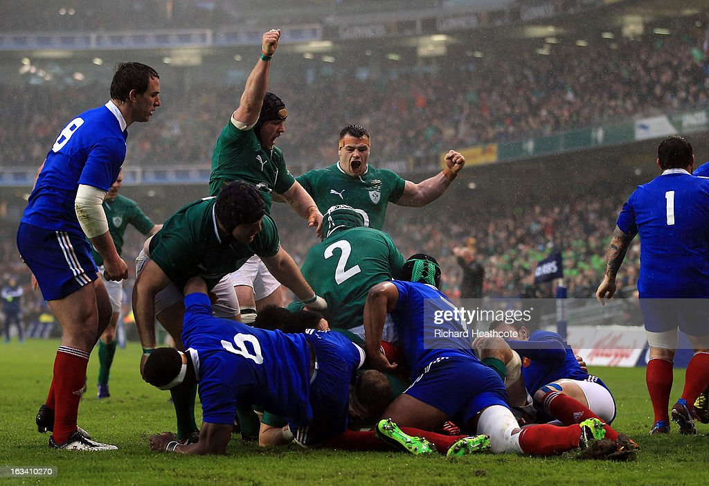 James Heaslip of Ireland scores the first try during the RBS Six Nations match between Ireland and France at Aviva Stadium on March 9, 2013 in Dublin, Ireland.