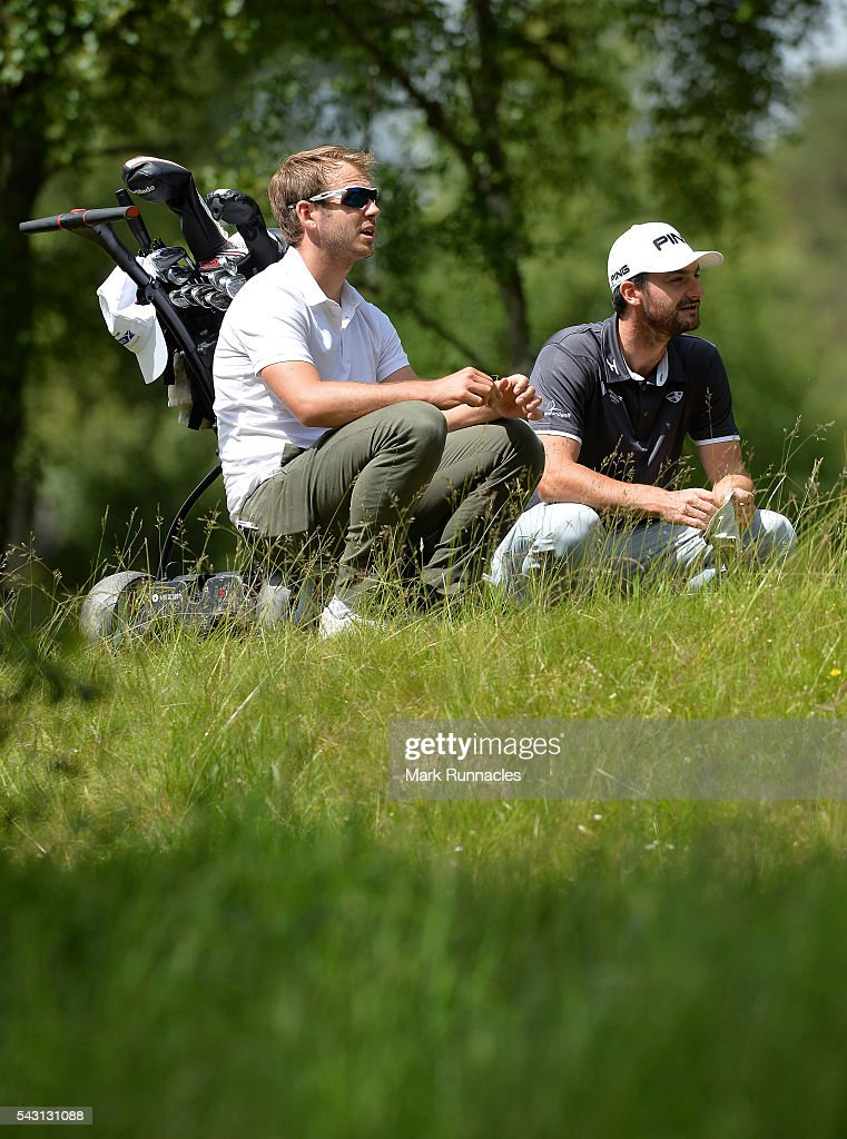 <a gi-track='captionPersonalityLinkClicked' href=/galleries/search?phrase=James+Heath&family=editorial&specificpeople=208172 ng-click='$event.stopPropagation()'>James Heath</a> of England and Chris Selfridge of Northern Ireland wait to play at the 4th during the final day of the 2016 SSE Scottish Hydro Challenge at the MacDonald Spey Valley Golf Course on June 26, 2016 in Aviemore, Scotland.