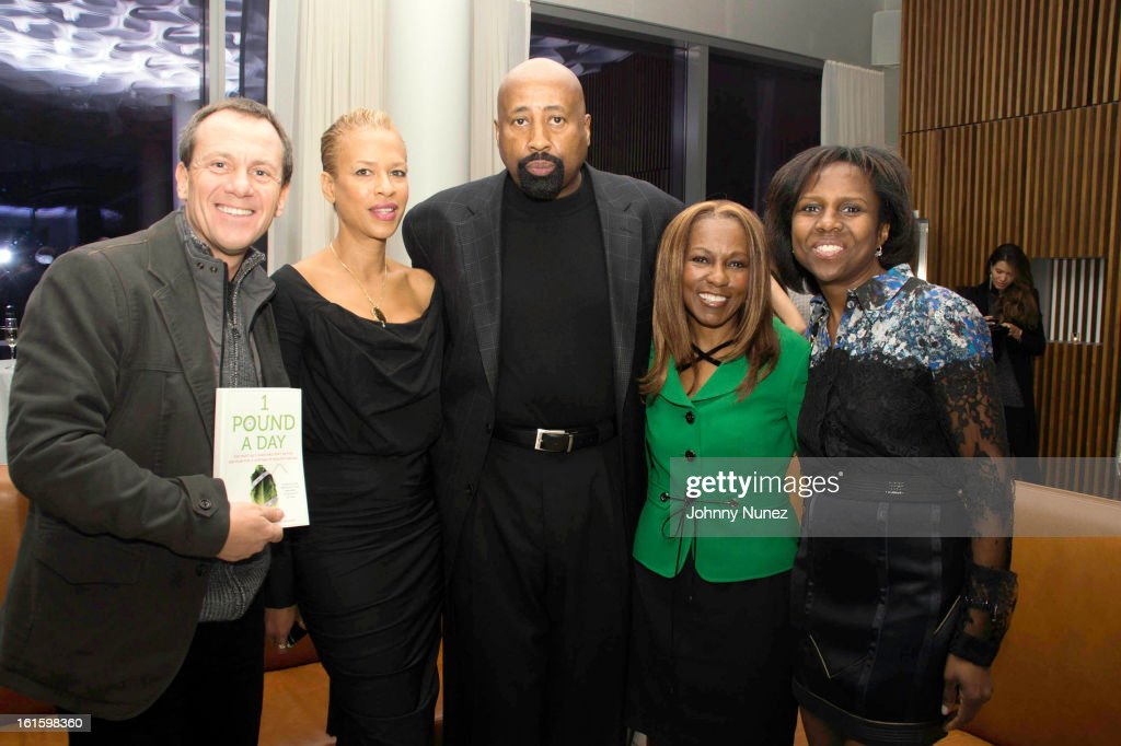 James Hester, Tonya Lewis Lee, Mike Woodson, Roni DeLuz, and Deborah Roberts attend the '1 Pound A Day: Martha's Vineyard Diet Detox' Pre-Launch Book Party at Trump SoHo on February 11, 2013 in New York City.
