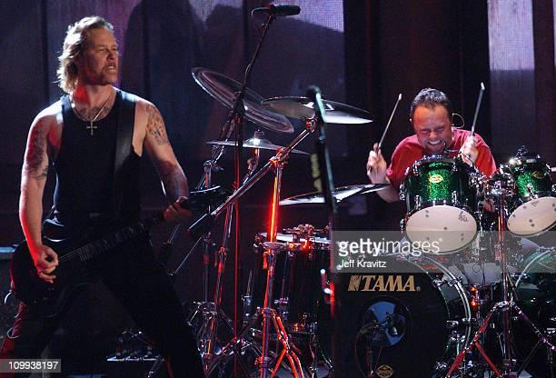 James Hetfield and Lars Ulrich of Metallica perform St Anger