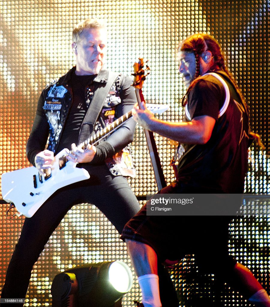 <a gi-track='captionPersonalityLinkClicked' href=/galleries/search?phrase=James+Hetfield&family=editorial&specificpeople=178297 ng-click='$event.stopPropagation()'>James Hetfield</a> and <a gi-track='captionPersonalityLinkClicked' href=/galleries/search?phrase=Robert+Trujillo&family=editorial&specificpeople=213071 ng-click='$event.stopPropagation()'>Robert Trujillo</a> of Metallica perform during the 2012 Voodoo Experience at City Park on October 27, 2012 in New Orleans, Louisiana.