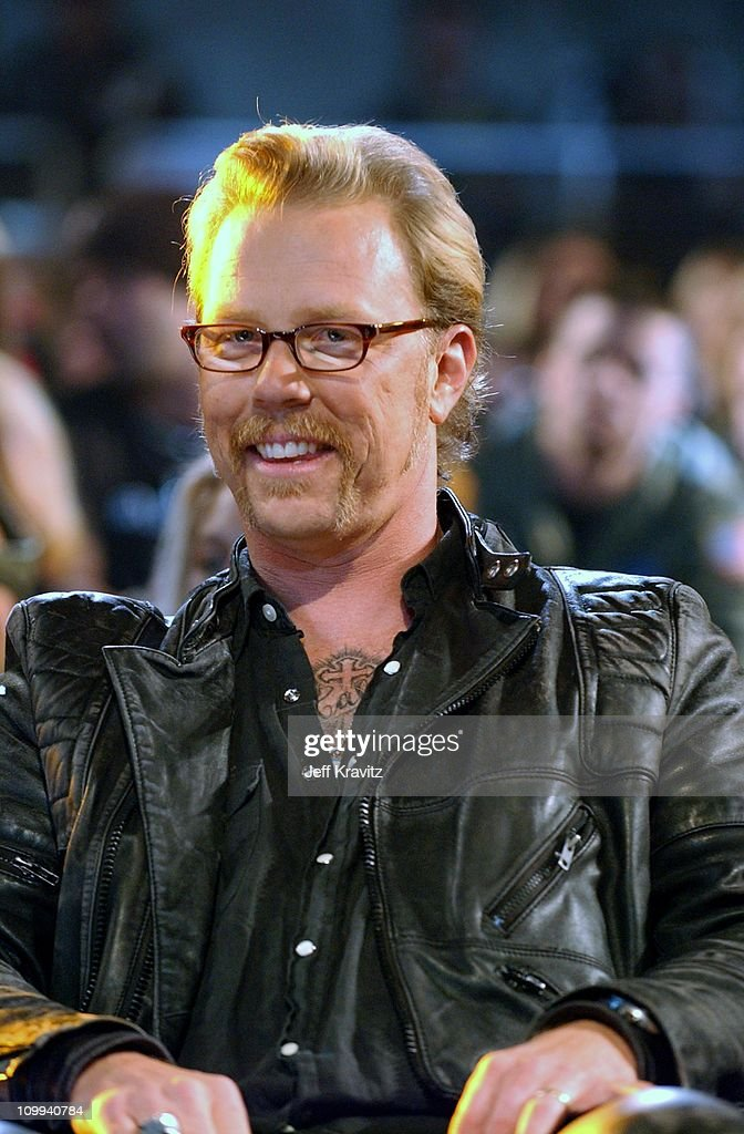 <a gi-track='captionPersonalityLinkClicked' href=/galleries/search?phrase=James+Hetfield&family=editorial&specificpeople=178297 ng-click='$event.stopPropagation()'>James Hetfield</a> during MTV Icon - Metallica - Show at Universal Studios Stage 12 in Universal City, CA, United States.