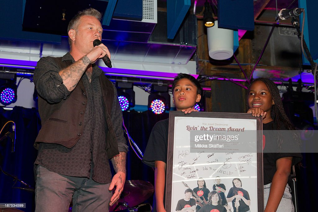 <a gi-track='captionPersonalityLinkClicked' href=/galleries/search?phrase=James+Hetfield&family=editorial&specificpeople=178297 ng-click='$event.stopPropagation()'>James Hetfield</a> receives Living The Dream award at Little Kids Rock fundraiser in Facebook HQ on November 9, 2013 in Menlo Park, California.