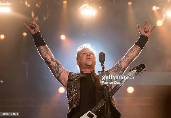 James Hetfiled from Metallica performs at 2015 Rock in Rio on September 19 2015 in Rio de Janeiro Brazil