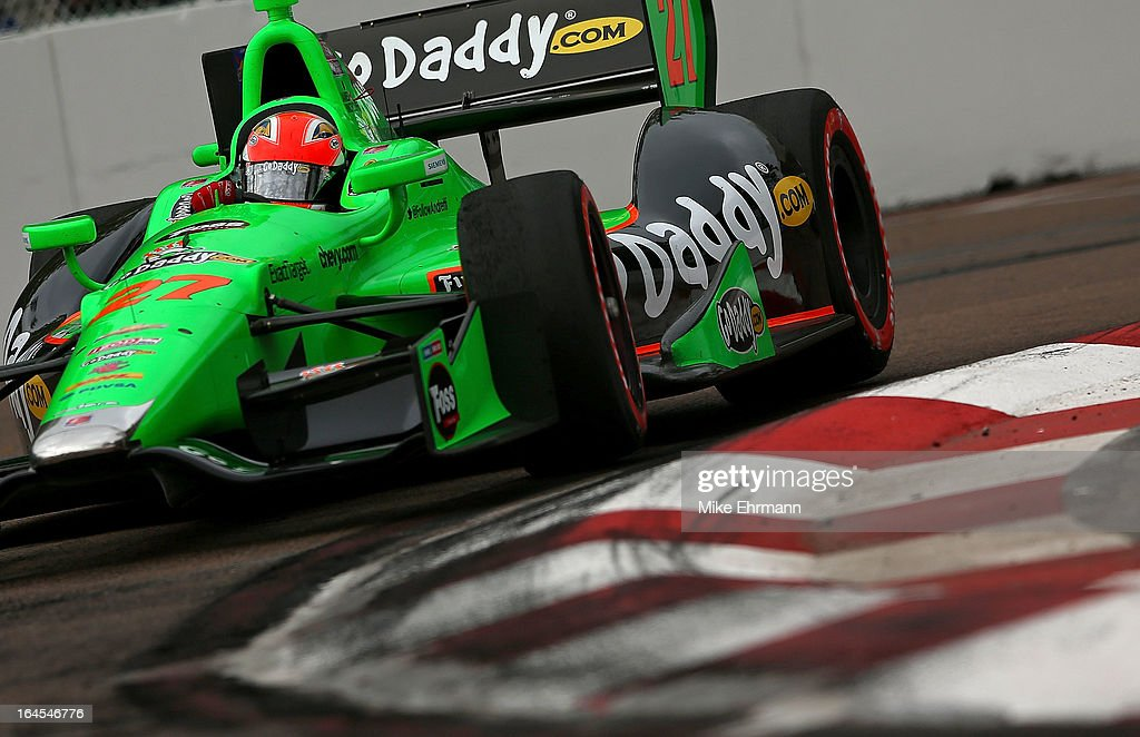 James Hinchcliffe of Canada, drives the #27 GoDaddy.com Andretti Autosport Dallara Chevrolet during the Honda Grand Prix of St. Petersburg on March 24, 2013 in St Petersburg, Florida.