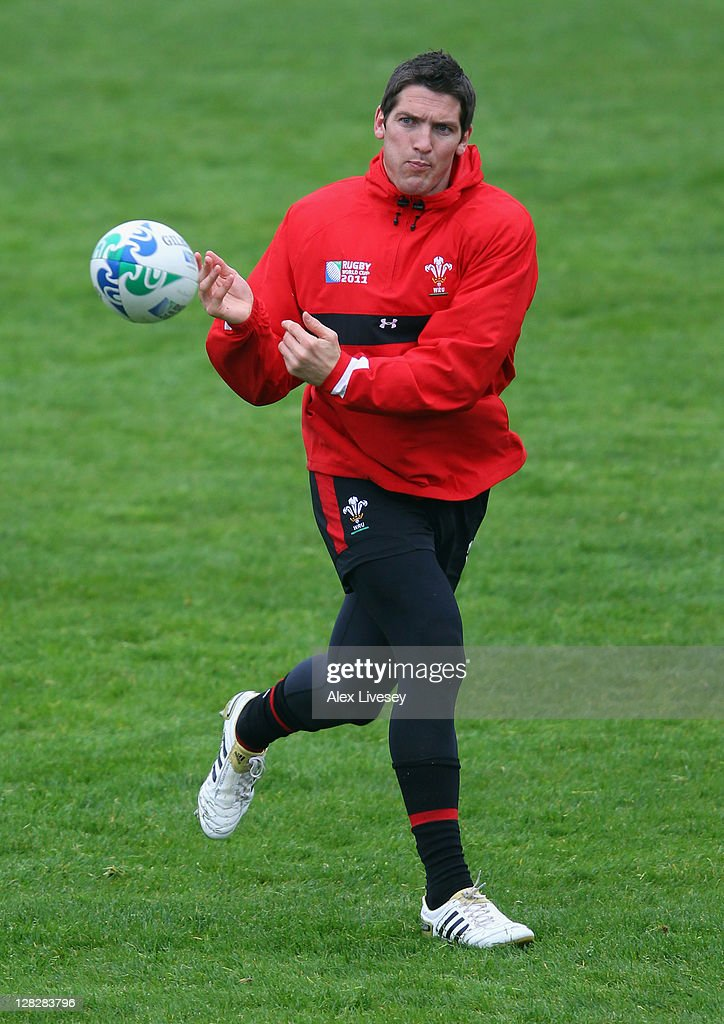 <a gi-track='captionPersonalityLinkClicked' href=/galleries/search?phrase=James+Hook&family=editorial&specificpeople=710391 ng-click='$event.stopPropagation()'>James Hook</a> of Wales dispatches the ball during a Wales IRB Rugby World Cup 2011 training session at Newtown Park on October 6, 2011 in Wellington, New Zealand.
