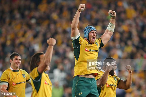 James Horwill and the Wallabies celebrate winning The Rugby Championship match between the Australian Wallabies and the South Africa Springboks at...