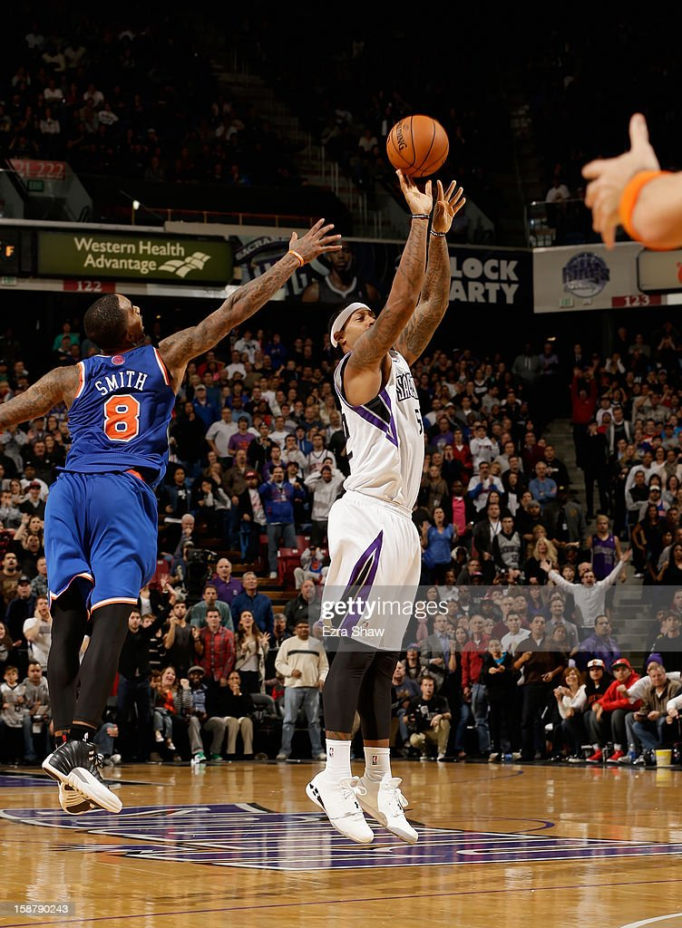 James Johnson #52 of the Sacramento Kings makes a three-point basket at the buzzer to beat the New York Knicks 106-105 at Sleep Train Arena on December 28, 2012 in Sacramento, California.