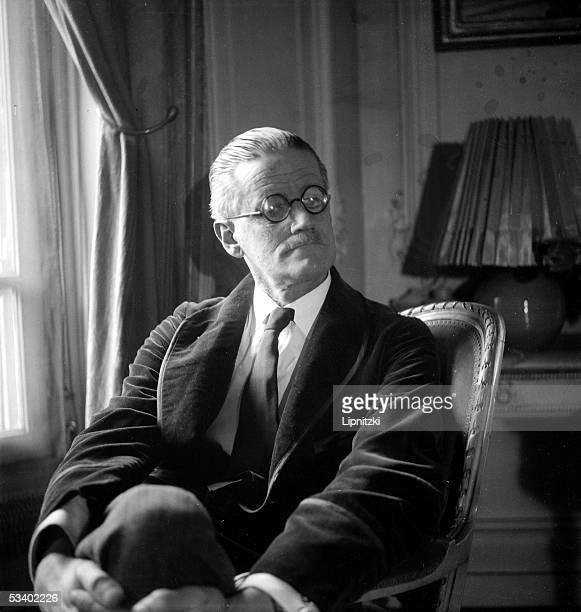James Joyce Irish writer LIP5258016