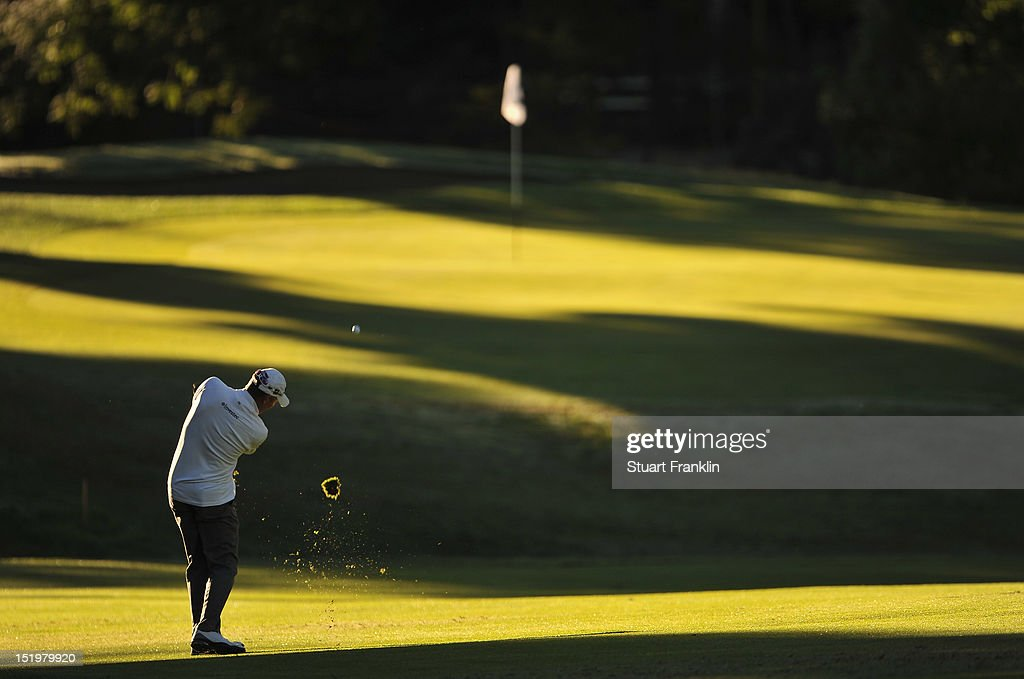 <a gi-track='captionPersonalityLinkClicked' href=/galleries/search?phrase=James+Kingston&family=editorial&specificpeople=226874 ng-click='$event.stopPropagation()'>James Kingston</a> of South Africa plays a shot during the second round of the BMW Italian open at Royal Park Golf & Country Club on September 14, 2012 in Turin, Italy.