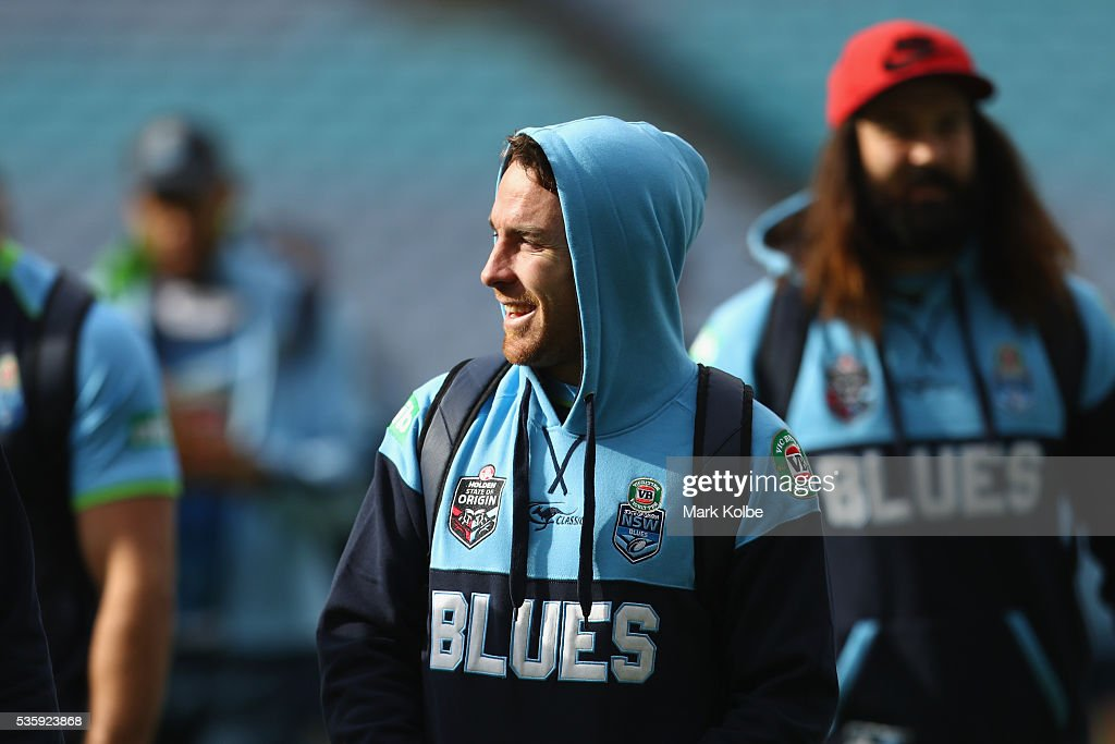 <a gi-track='captionPersonalityLinkClicked' href=/galleries/search?phrase=James+Maloney&family=editorial&specificpeople=2672556 ng-click='$event.stopPropagation()'>James Maloney</a> arrives for the New South Wales State of Origin captain's run at ANZ Stadium on May 31, 2016 in Sydney, Australia.