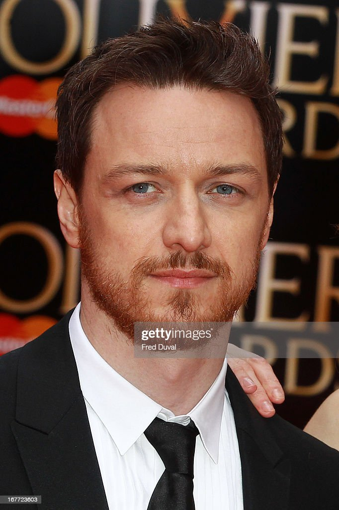 <a gi-track='captionPersonalityLinkClicked' href=/galleries/search?phrase=James+McAvoy&family=editorial&specificpeople=647005 ng-click='$event.stopPropagation()'>James McAvoy</a> attends The Laurence Olivier Awards at The Royal Opera House on April 28, 2013 in London, England.