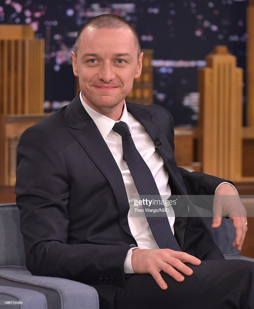 <a gi-track='captionPersonalityLinkClicked' href=/galleries/search?phrase=James+McAvoy&family=editorial&specificpeople=647005 ng-click='$event.stopPropagation()'>James McAvoy</a> visits 'The Tonight Show Starring Jimmy Fallon' at Rockefeller Center on November 11, 2015 in New York City.