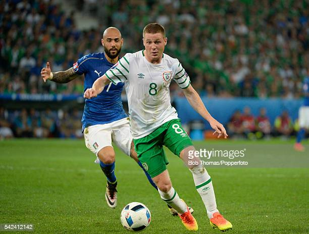 James McCarthy in action for Ireland during the UEFA EURO 2016 Group E match between Italy and Republic of Ireland at Stade PierreMauroy on June 22...