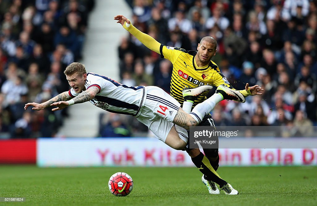 <a gi-track='captionPersonalityLinkClicked' href=/galleries/search?phrase=James+McClean&family=editorial&specificpeople=3699424 ng-click='$event.stopPropagation()'>James McClean</a> of West Bromwich Albion is challenged by <a gi-track='captionPersonalityLinkClicked' href=/galleries/search?phrase=Adlene+Guedioura&family=editorial&specificpeople=6732967 ng-click='$event.stopPropagation()'>Adlene Guedioura</a> of Watford during the Barclays Premier League match between West Bromwich Albion and Watford at The Hawthorns on April 16, 2016 in West Bromwich, England.